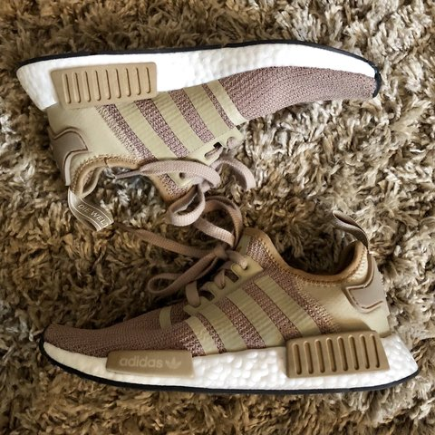 1fcbb45a3001d  jasbray . 7 months ago. United Kingdom. Adidas Original Women s NMD R1  Trainers Raw Gold. Perfect condition. Worn Once. Size 5.
