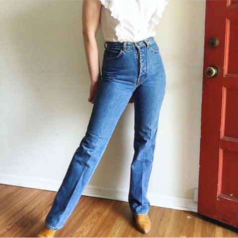 b249d8a09ba VINTAGE 70's HIGH WAIST JEANS by Anthony's. Have a button is - Depop