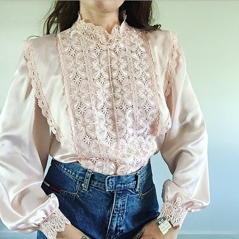 e492e7217 @theprairiemisfit. 2 years ago. Tulsa, United States. VINTAGE PINK SATIN  LACE BLOUSE. Buttons up ...
