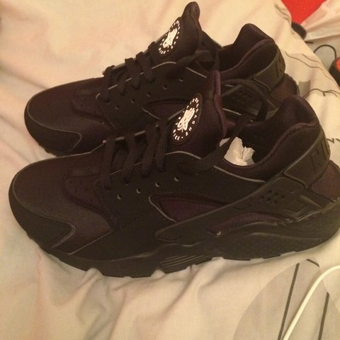 6344e2833f790 Brand new triple black huaraches. Size uk 7.5. Willing to to - Depop