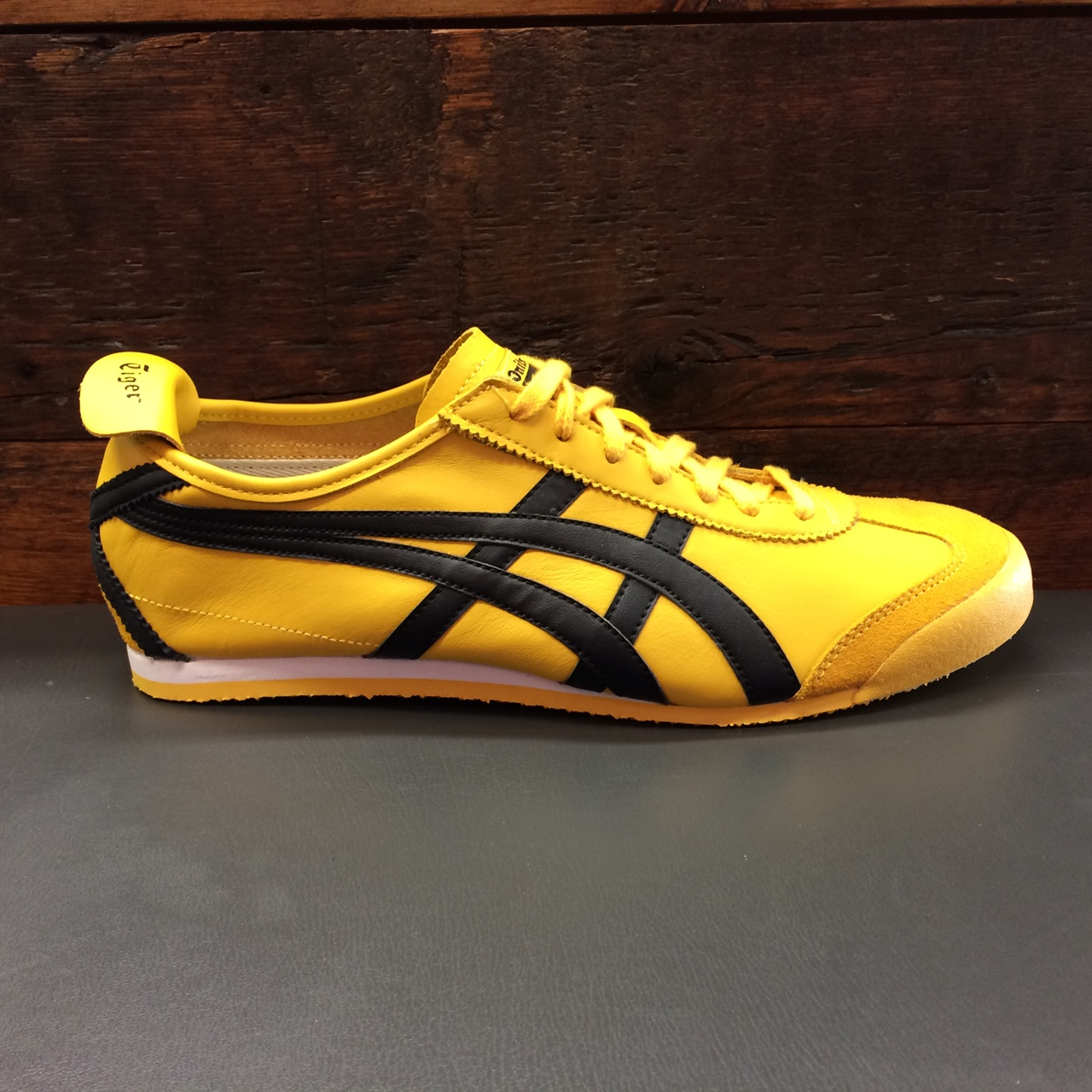 newest 0ebc6 e74b9 Asics. Tiger Onitsuka, Mexico 66. Yellow/black. Size... - Depop