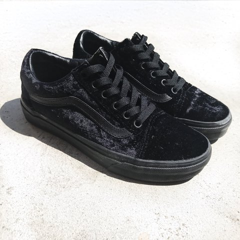 c4d103295eb1c4 Vans Old Skool Velvet Black Black Worn Once. Price is FIRM. - Depop