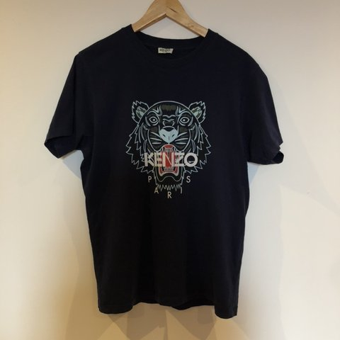 5b55f136 @franswann. 8 months ago. Nottingham, United Kingdom. Kenzo men's T-Shirt  Navy blue with white logo and tiger