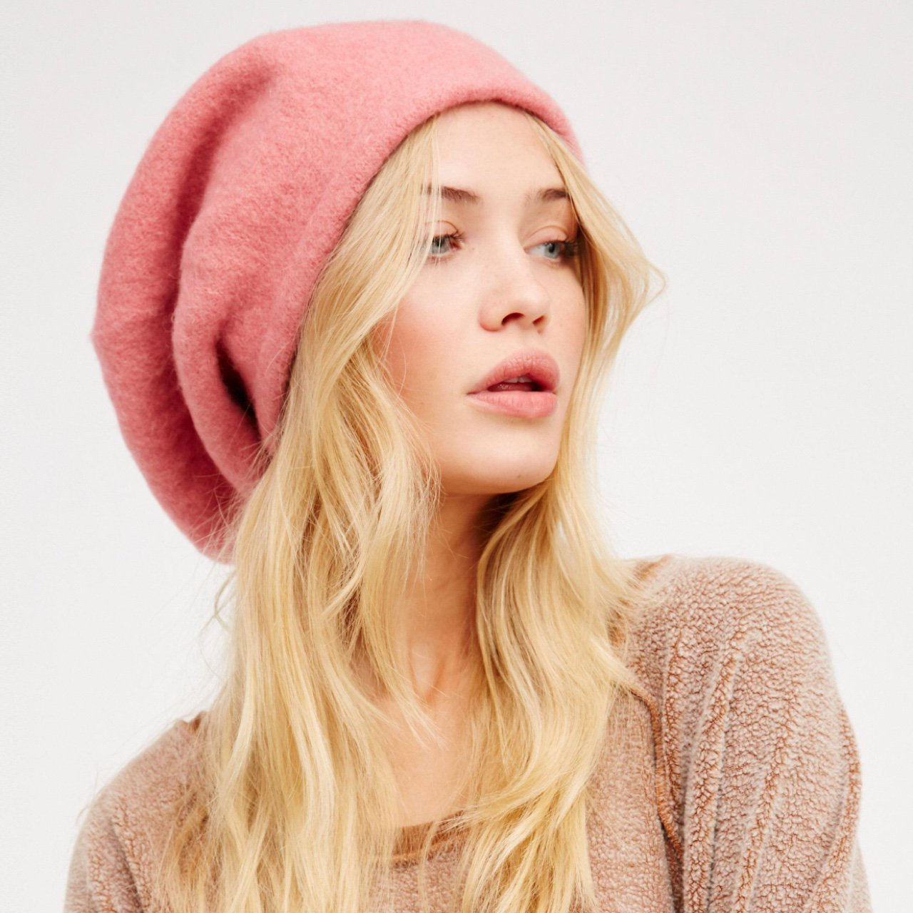 5f5aeec029075 Free People Rosy Pink Slouchy Beret. Never Worn-Perfect Has - Depop