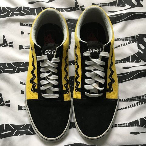 95ce4bfce1 Peanuts X Old Skool Vans Yellow Colourway Size 9 only worn - Depop