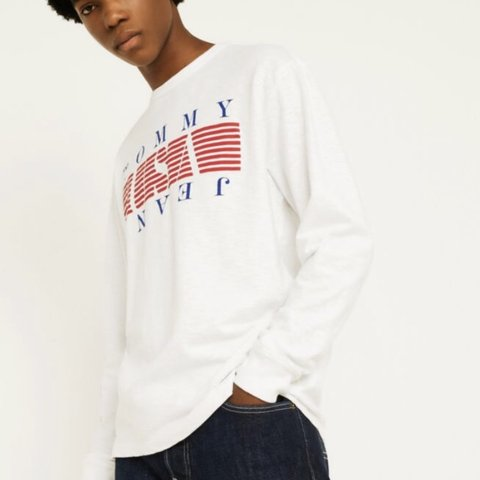 3e9585d8 @randomshhh. 6 months ago. Bristol, United Kingdom ‼️Tommy Hilfiger long  sleeve top. In great condition