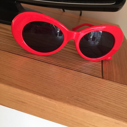 38104b7231e40 Red Kurt Cobain sunglasses   oval sunglasses Never been - Depop