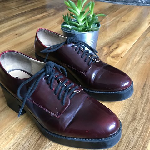 c94d3885339 ✨Zara Trafaluc Heeled Brogues✨ This lovely oxblood red
