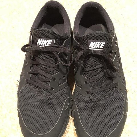 3a962ce6557c Men s Nike Free Run 2 in Black. Excellent condition