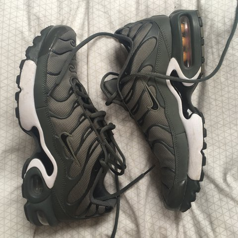 khaki green grey and white tns size 6 but i m a 6.5 and they - Depop a63e450d1