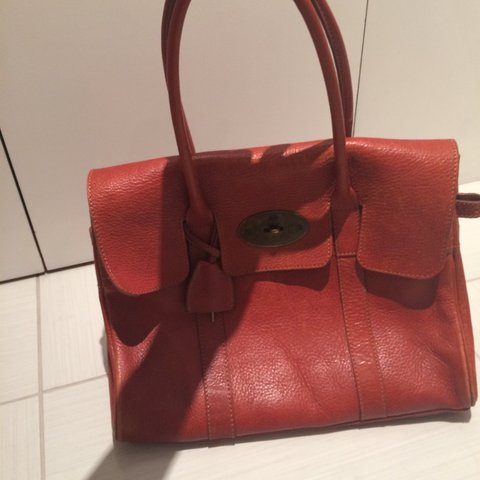 74d5e885b621 Mulberry Bayswater bag. Not authentic. Signs of wear shown x - Depop