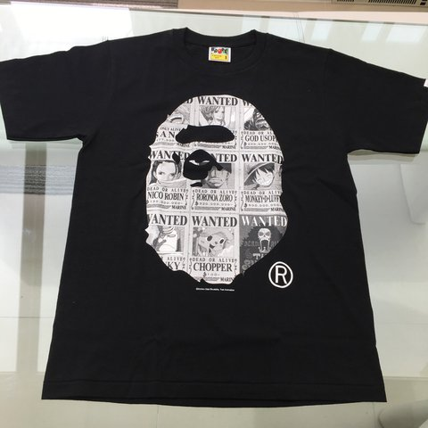 1b9bba02 Bape X One Peice collab black tee, very limited, sold out NO - Depop