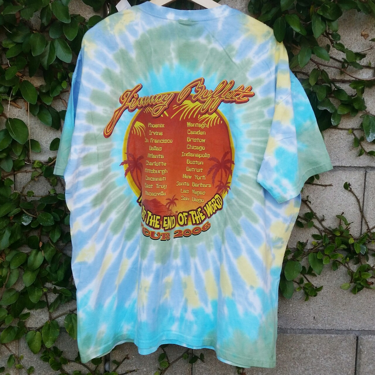 2006 Jimmy Buffett Tour Tee!! 》Tagged 2X, fits XL    - Depop