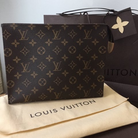 f30299aea2d1  mattdominello. 8 months ago. United States. Brand new never used Louis  Vuitton toiletry pouch ...