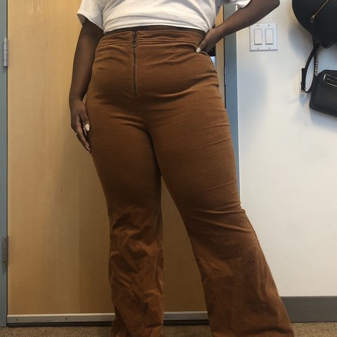 36a183a944b @jamyah_xoxo. 2 months ago. Chicago, United States. Plus size stretchy corduroy  flare pants.