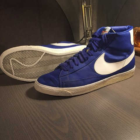 brand new 4ff06 1bff1    LIMITED EDITION    mid-height Nike Blazers.- 0