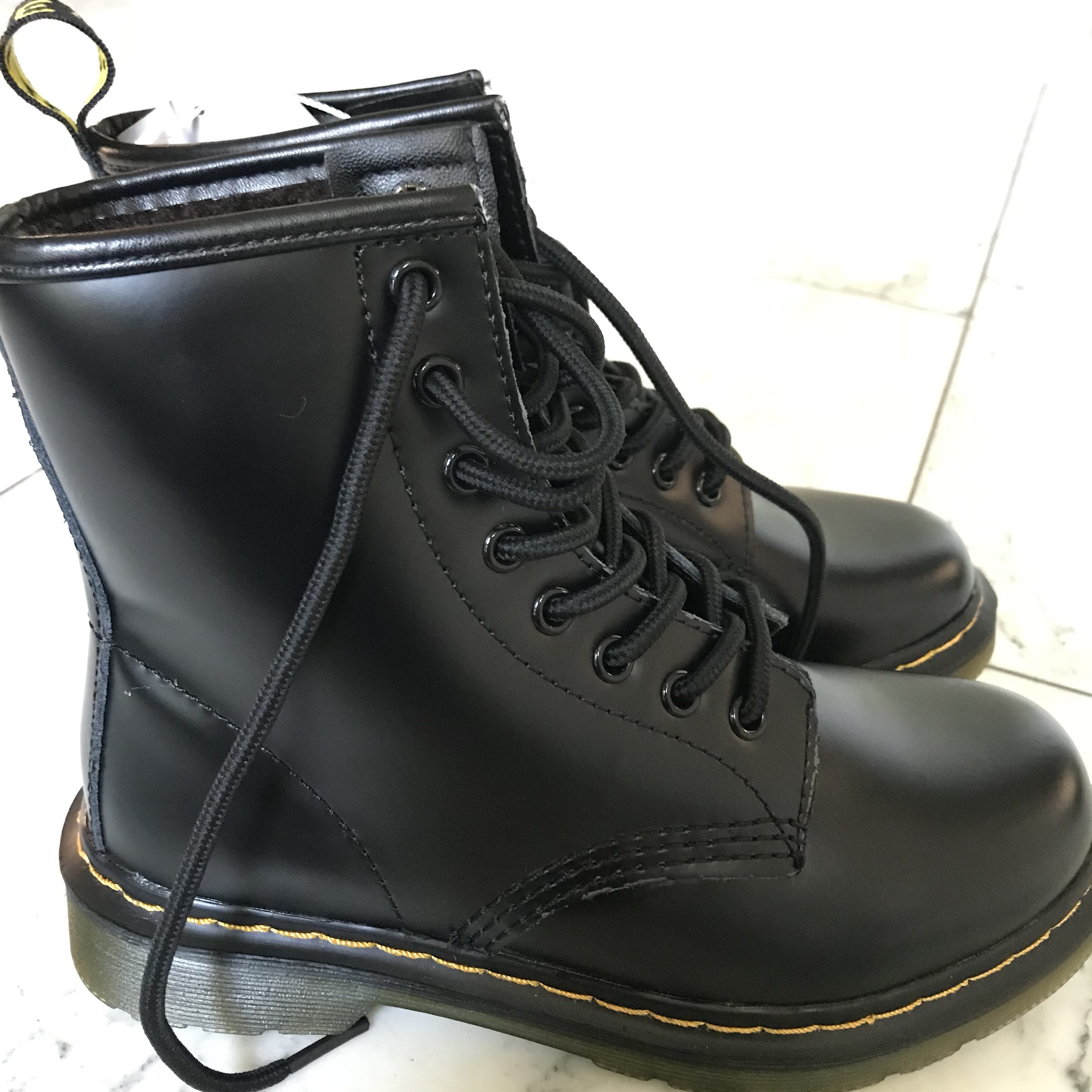 vegan doc martens amazon
