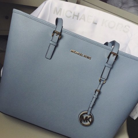 21fe03c6a0ef Selling my baby blue Michael Kors tote bag hardly used