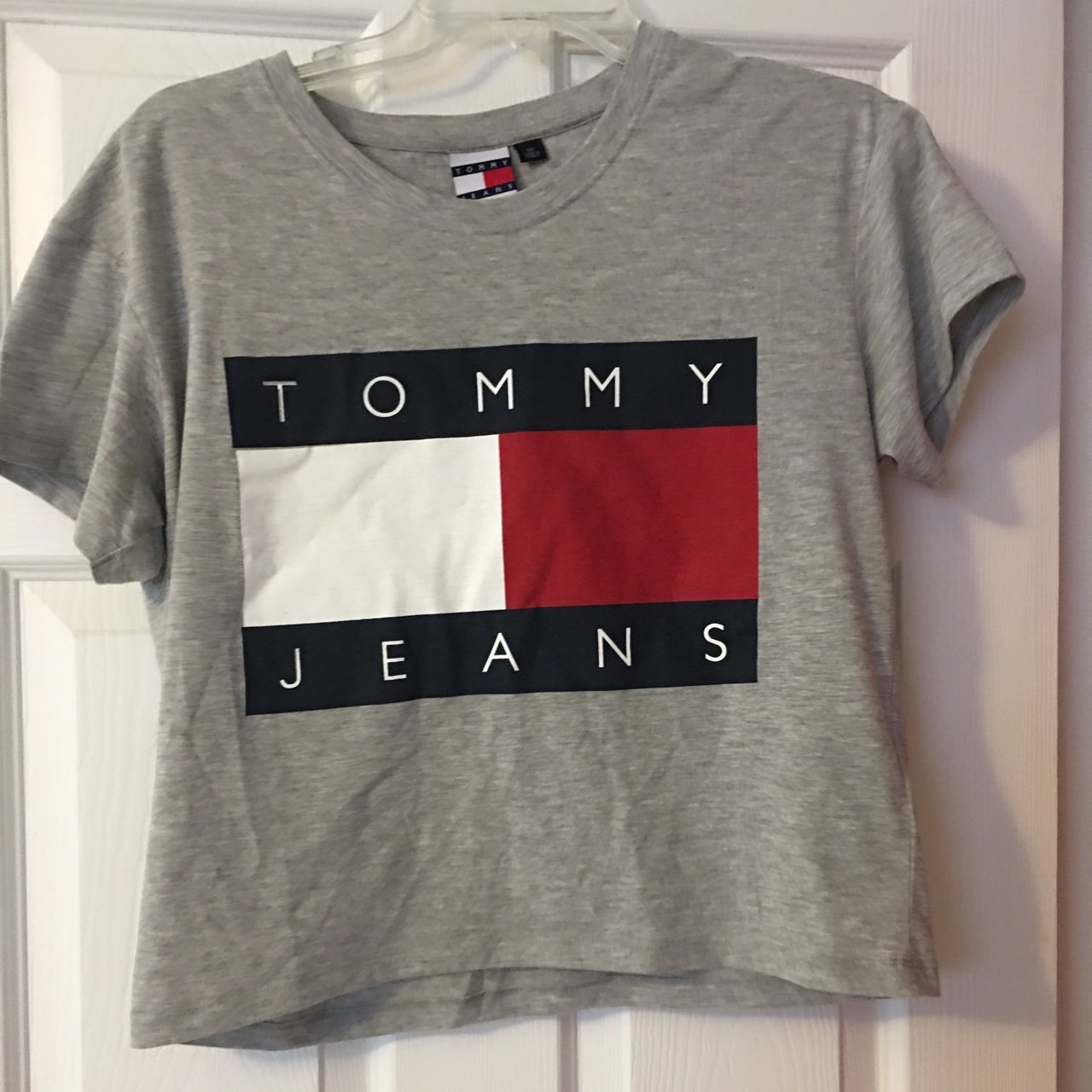 13f0f94c0 Tommy Hilfiger t-shirt for women, size small, mint crop top - Depop