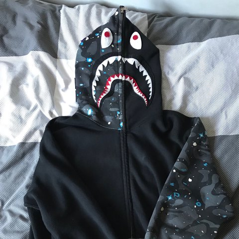 5eb899423007 Babe Space camo shark hoodie      GOOD PRICE     A bathing - Depop