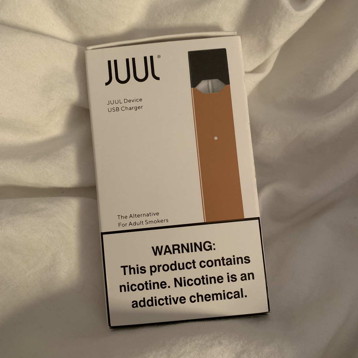 Limited gold juul with charger ! Decided I don't    - Depop