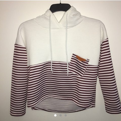 898bb0f2785226 RE-SELLING    STRIPE BURGUNDY AND WHITE CROP SWEATER WITH M - Depop