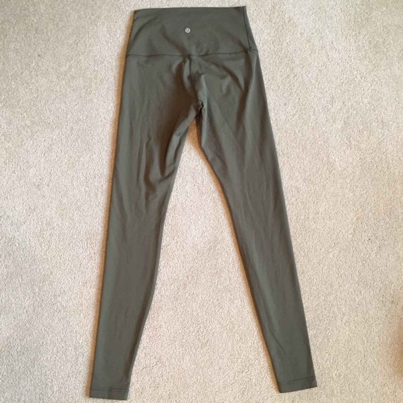 0a0c8e5778 @bawong. 2 months ago. Torrance, United States. Lululemon Leggings. Tag was ripped  off but fits ...