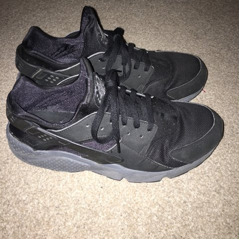 3546a72c00658 Black huaraches For sale    trainers  nike  Adidas - Depop
