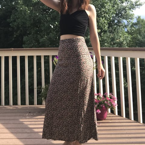 893d706bf15c8 Vintage high-waisted floral print maxi skirt!! A summer best - Depop
