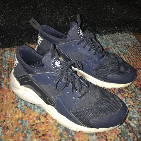 5e96c4115ea3 Navy blue and white Nike Air Huarache running shoes. These a - Depop