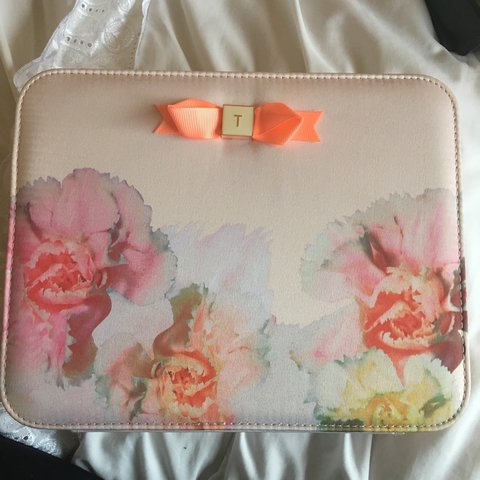082f4baeb Never been used✨ TED BAKER make up Jewellery case. Ideal for - Depop