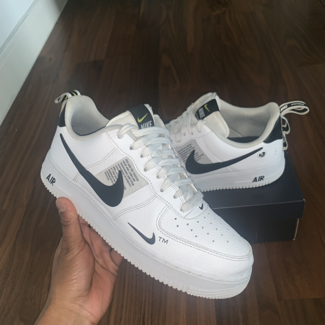 Air Force 1 Utility '07 trainers. Literately go with Depop