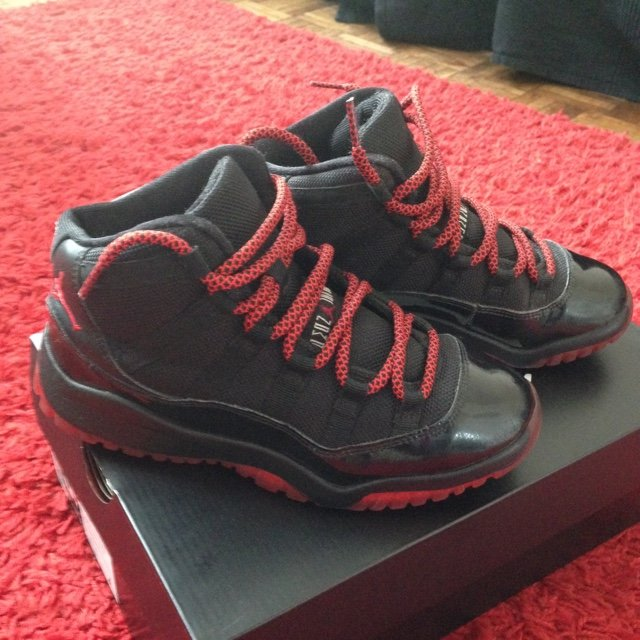 wholesale dealer e947d a919a  madapereira. 5 years ago. Northolt, United Kingdom. Air Jordan 11 dirty  Bred ...