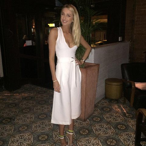 5d2805728a @ellcan. 3 years ago. Sheffield, South Yorkshire, UK. Gorgeous Asos White  culotte jumpsuit plunge neck size 6