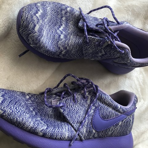 new style 8425a fe0d0 PURPLE ROSHES    they have- 0