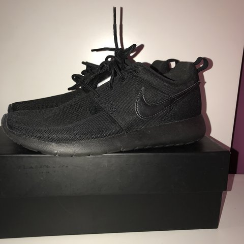 52ec6bf301a9 Ladies all black Nike Roshes. Only worn for around an hour a - Depop