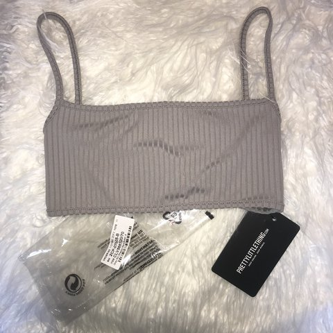 475d09814b5 SELLING PRETTY LITTLE THING grey ribbed crop top  bralet