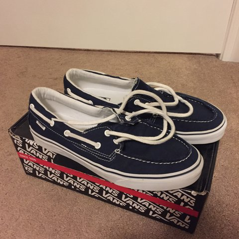 90ac110a681 VANS ZAPATO DEL BARCO BOAT SHOES SIZE 10 (ONLY WORN A OF IN - Depop