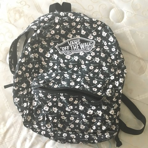 Cute vans backpack with floral pattern! Has been sitting in - Depop