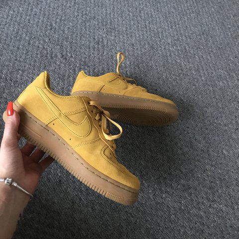 c4da47f6887b34 NIKE AIR FORCE 1 07 MINERAL YELLOW (Sold our online most 4 - Depop