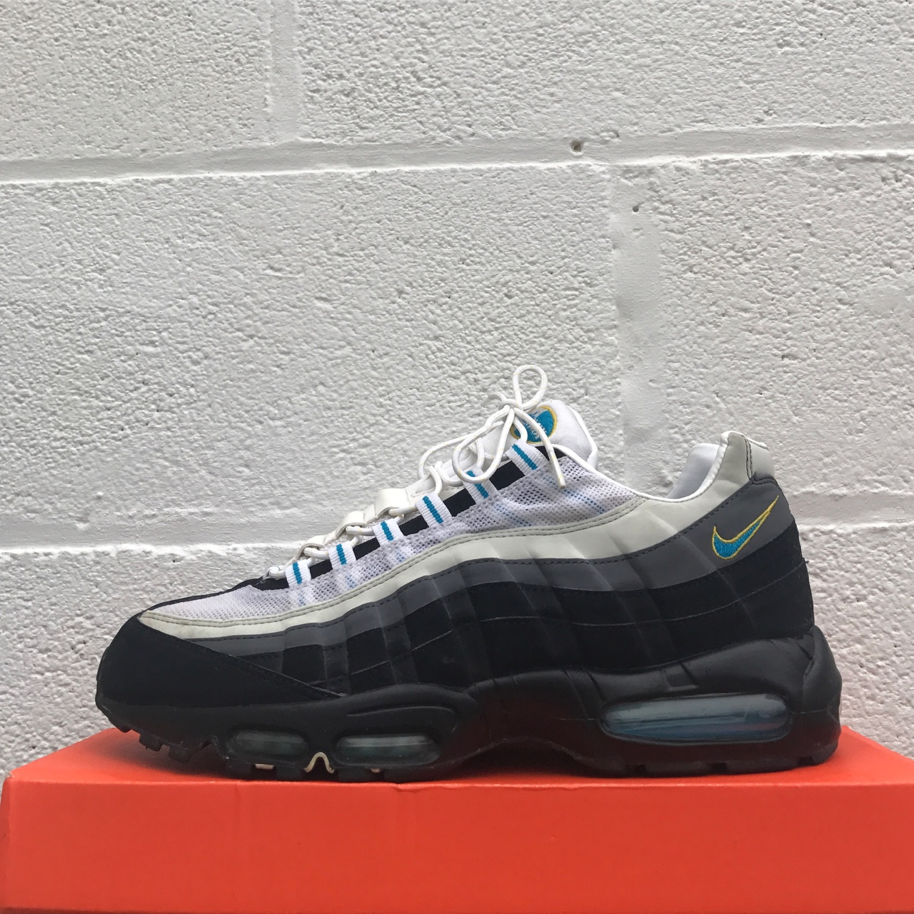 outlet store af0c6 b4830 Nike Air Max 95 - JD Cool Mint - Used 10/10 - UK 11... - Depop