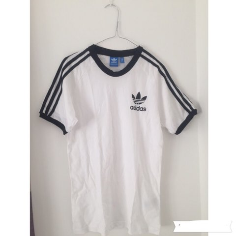 245d7ecdb2fe Retro Adidas white and black t-shirt • label says size small - Depop