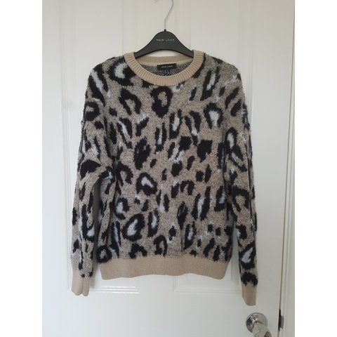 88b366a50aaad6 @cairen2706. 4 months ago. Upton, West Yorkshire, United Kingdom. New Look brown  fluffy leopard print jumper ...