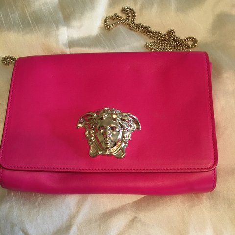 AUTHENTIC PINK PALAZZO VERSACE CLUTCH BAG brand new never ME - Depop 1bceb36b948f7