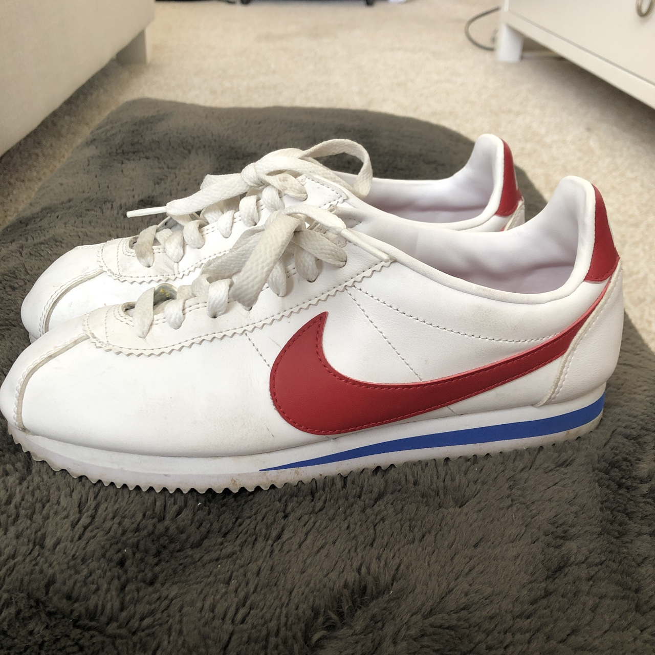 new concept 9f658 40a3f Forrest Gump classic nike cortez shoes! So cute, in... - Depop