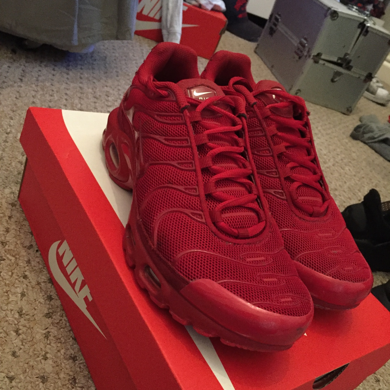 attractive price quite nice classic fit All red Nike tns still in perfect condition - Depop