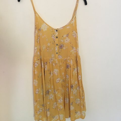 6b4530cdfad BILLABONG Sundress!! COLOR  yellow with flowers CONDITION  - Depop