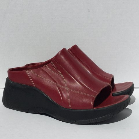 293e31de799 Early 2000s red faux leather chunky platform sandals.in 9 - Depop