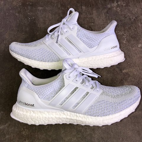 2560463826656e Adidas Ultra Boost 2.0 Triple White!! 🔥🔥🔥 Only worn a No - Depop