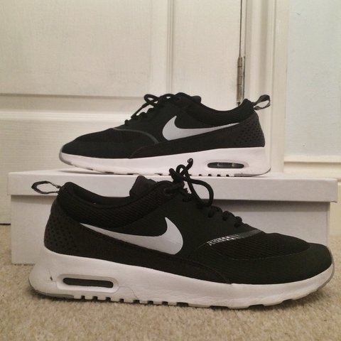 4439d31d58 New Nike Air Max Theas Black • Been worn three times, washed - Depop